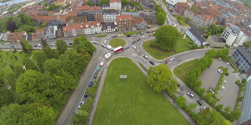 Droner monitorerer trafikken